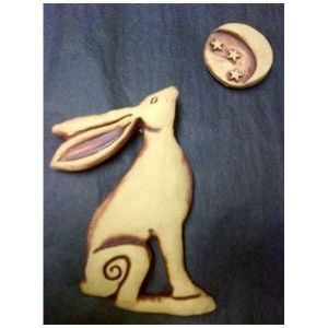 Moon Gazing Hare with Separate Moon Plaque